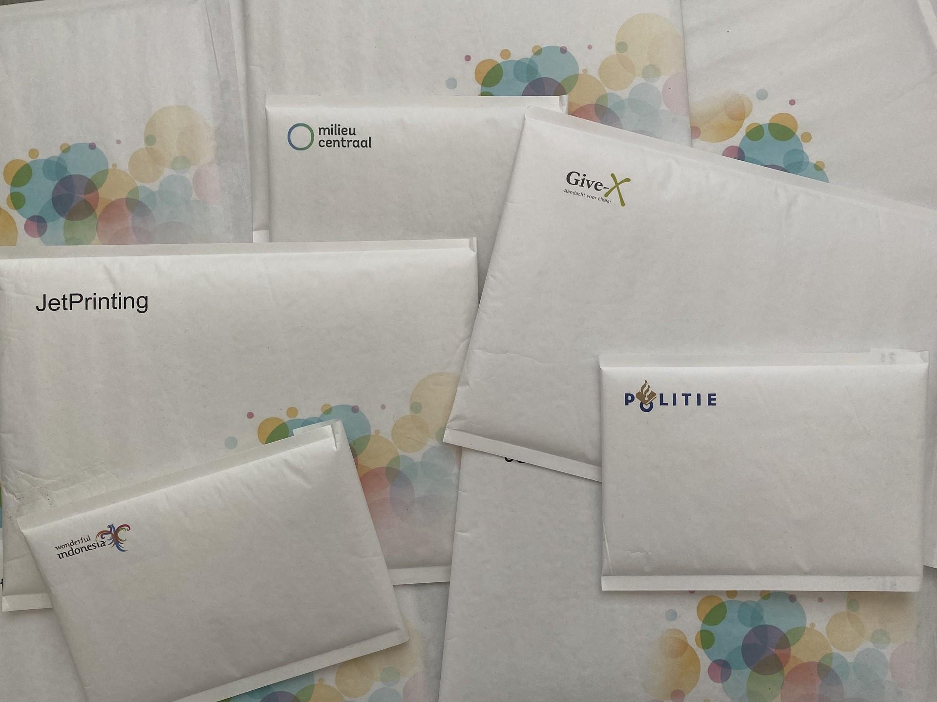 Schuim-enveloppen bedrukt met uw eigen logo/ontwerp